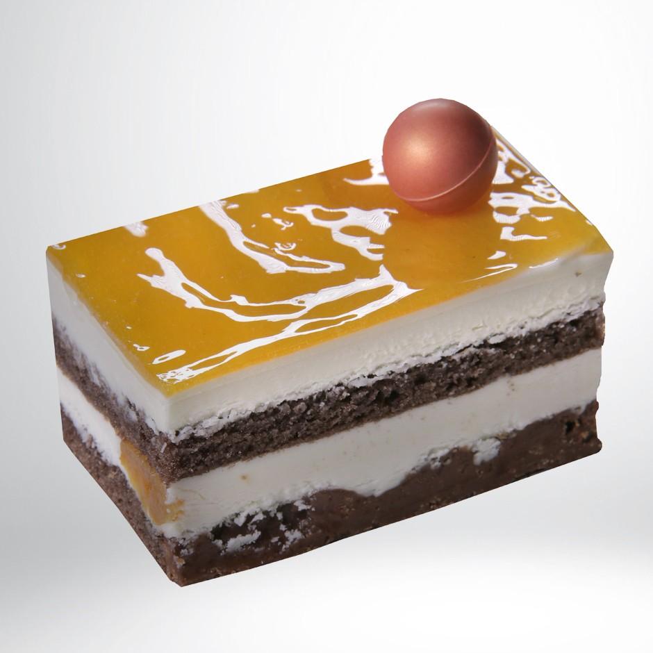 MOUSSE DE CHOCOLATE BLANCO CON ALBARICOQUE